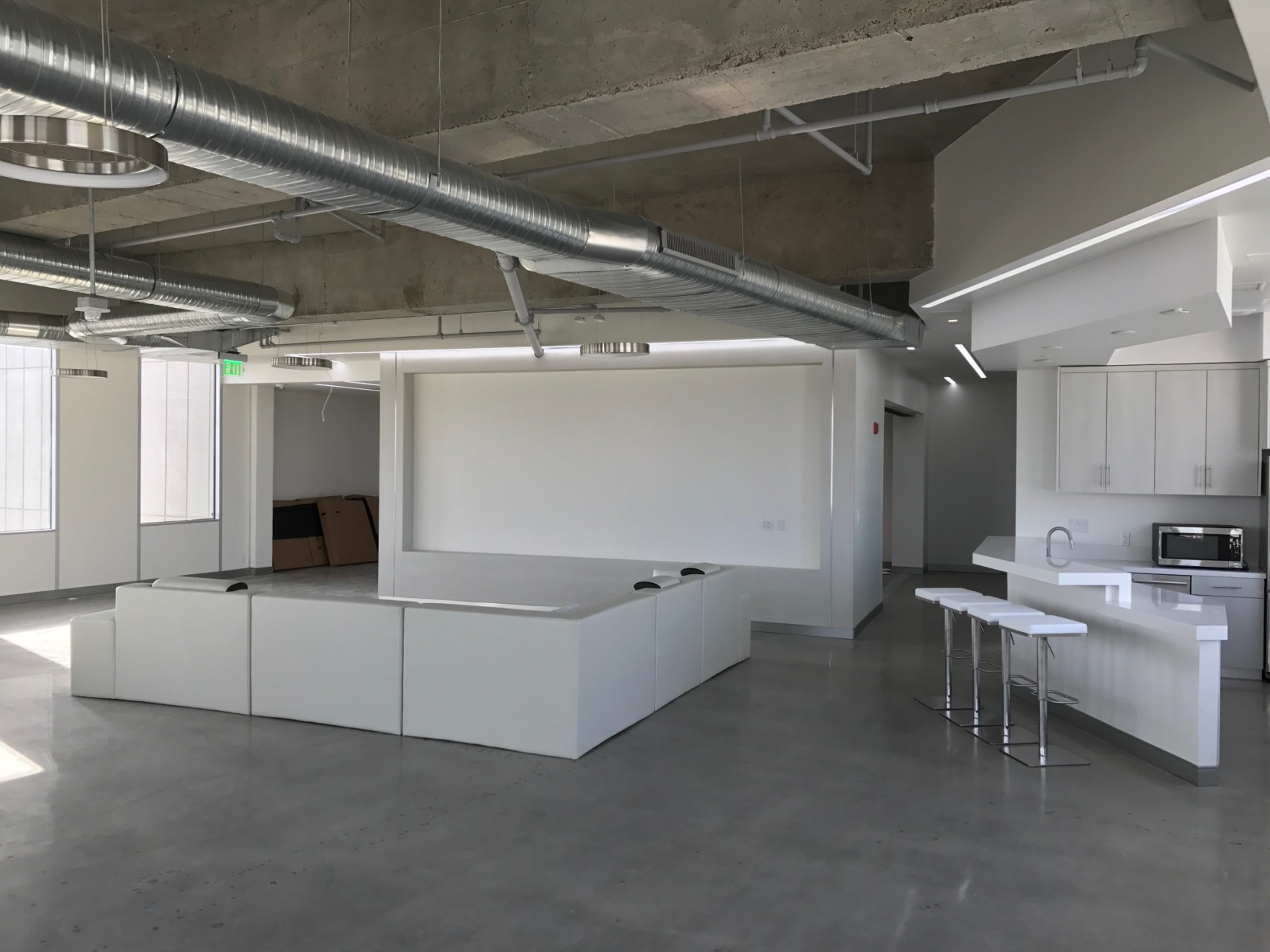 ubnt_office_beverlyhills_4